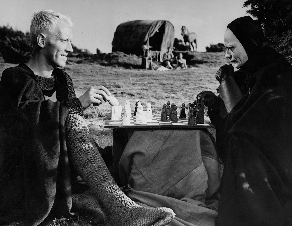seventh-seal-1957-002-max-von-sydow-chess-00m-g2d.jpg