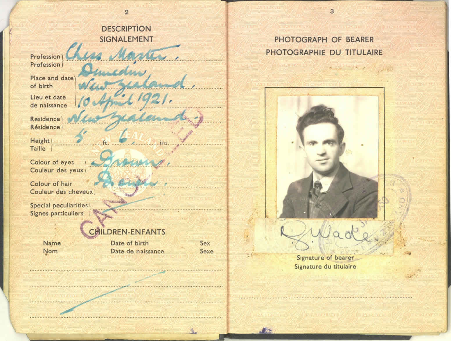'Chessmaster' - NZ Passport 1950 -1955 pp.2-3.jpg